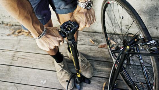 как накачать колесо велосипеда насосом