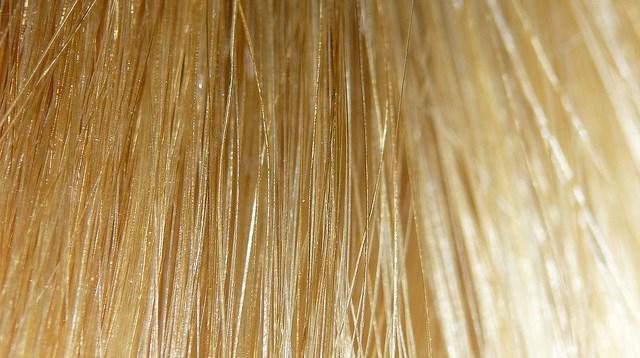 как правильно осветлить волосы