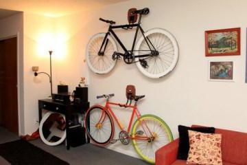 велосипед на стену