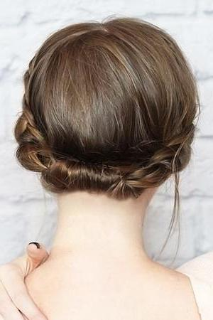колосок на коротких волосах