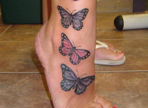 тату бабочки фото на ноге