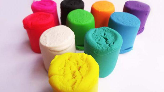 Как пластилин убрать с ковра, мебели, одежды?