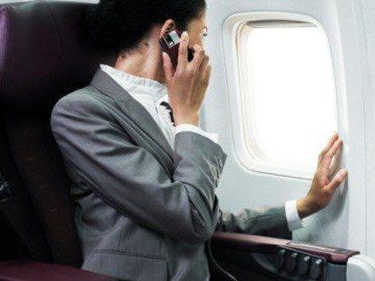 можно ли на борту самолета пользоваться телефоном