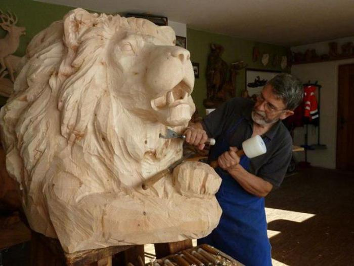 инструмент скульптора для обработки камня