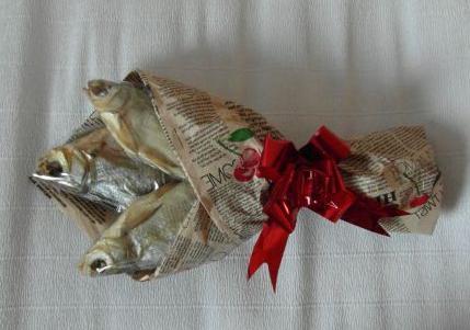 подарок из рыбы и пива своими руками фото