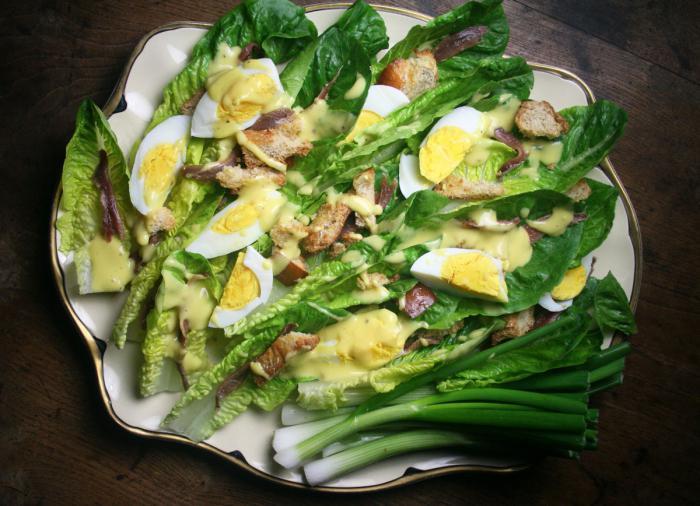 салат из трески с яйцом