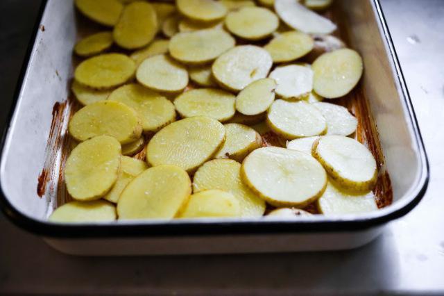Окорочка с чесноком и майонезом в духовке рецепт с фото
