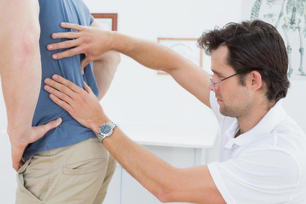 Как отличить боль в спине от боли в почках