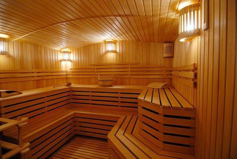 Интерьер бани внутри