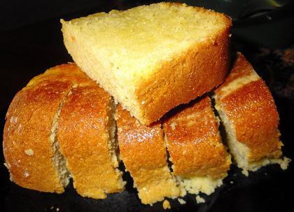 Кукурузный хлеб в хлебопечке Кенвуд