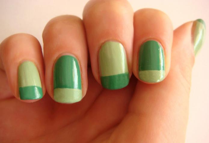 маникюр в зеленых тонах