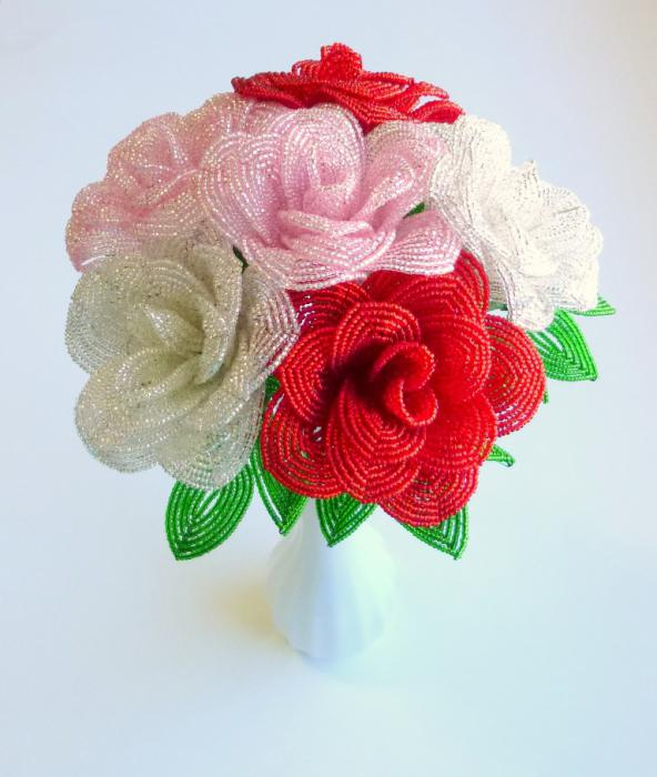 схемы цветов из бисера роза