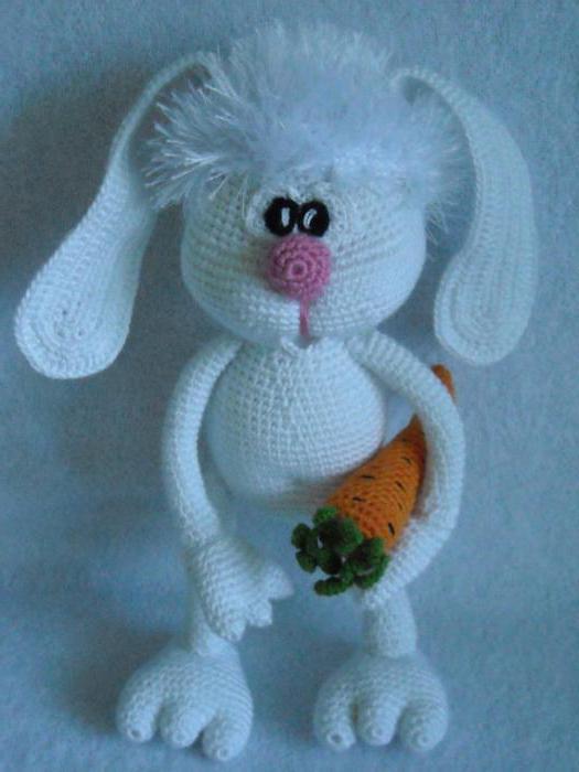 заяц с длинными ушами амигуруми