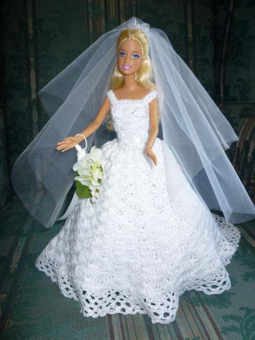 платья куклам связанные крючком