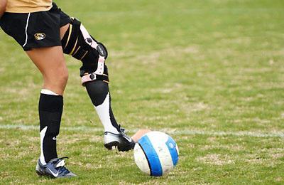 суппорт колена спортивный