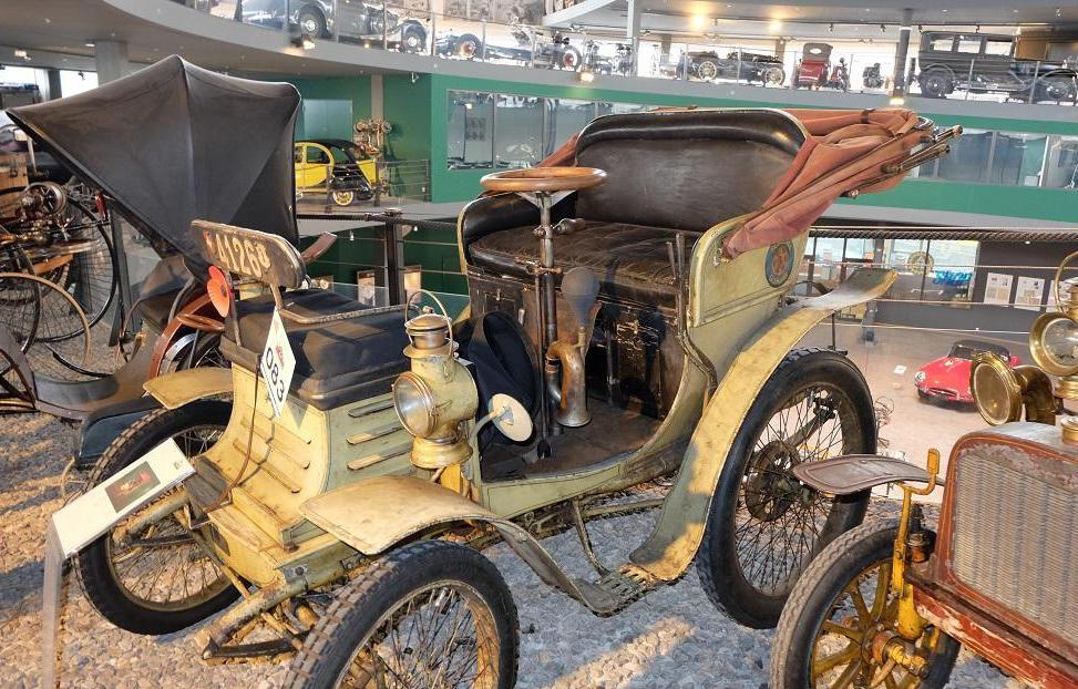 Фото автомобиля «Лорен Дитрих», 1901 год