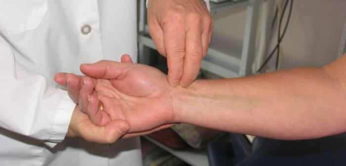 болит рука от локтя до запястья при нагрузке