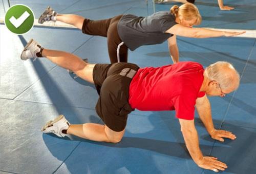Эффективные упражнения для спины дома: техники и отзывы