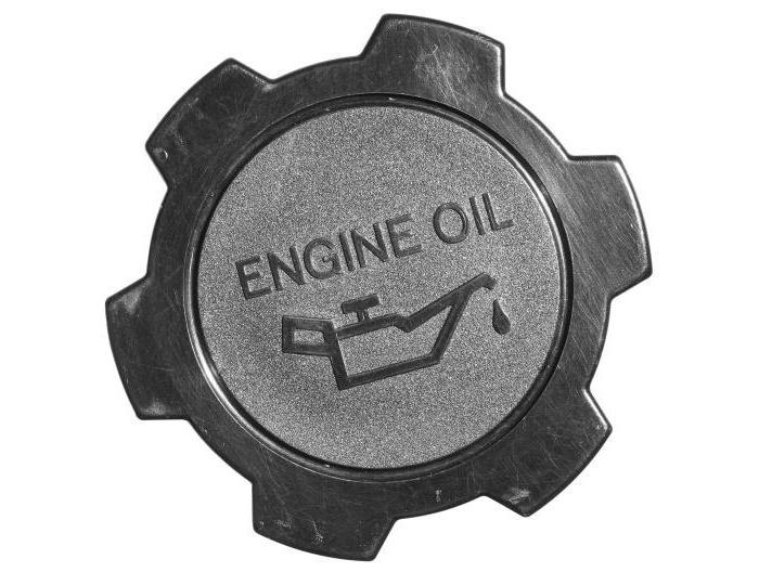 что делать если перелил масло в двигатель