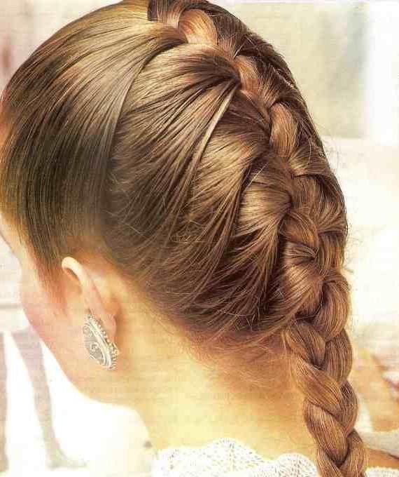 прически объемные косы средние волосы