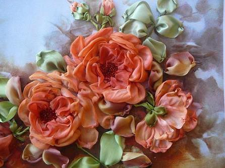 Вышивка лентами розы тютелька
