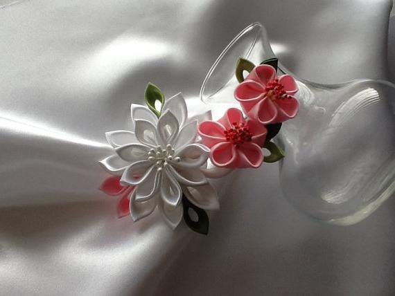цветки из атласных лент своими руками мастер класс