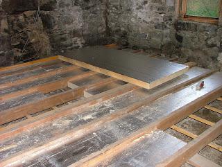 деревянное перекрытие в доме из газобетона с подвалом