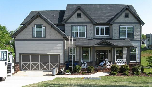 Чем дешевле обшить дом снаружи старый деревянный и кирпичный?