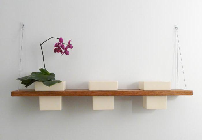 полки настенные для цветов из дерева