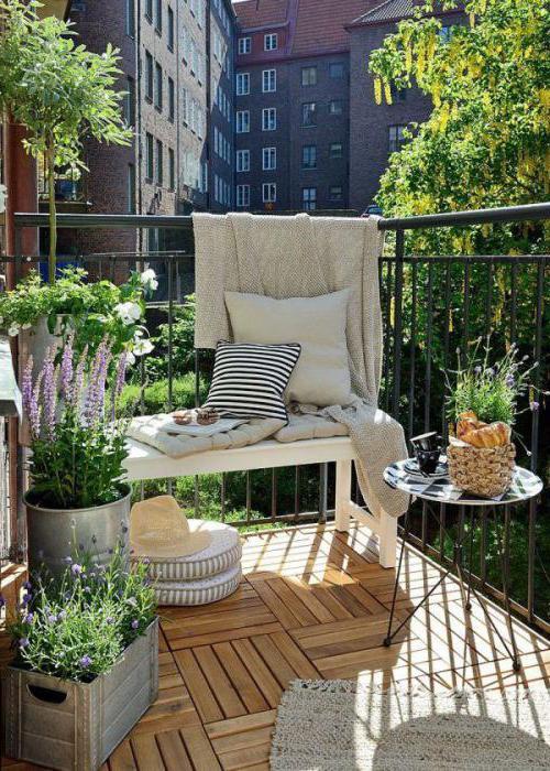 отделка балкона в стиле прованс