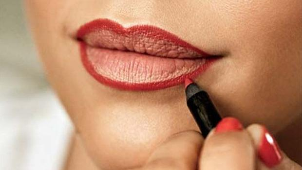 как с помощью макияжа визуально увеличить губы