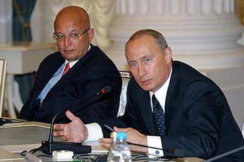 политолог сергей караганов