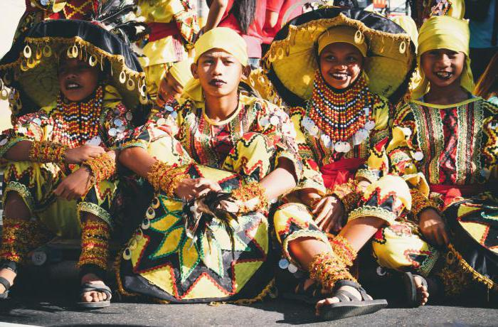 culture philippines Understanding the filipino values and culture to a person who is not familiar or aware of the philippine culture, understanding filipinos is like playing a game one has never played before and of which the rules have not been explained very well.