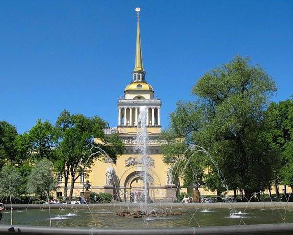 что входит в исторический центр санкт петербурга