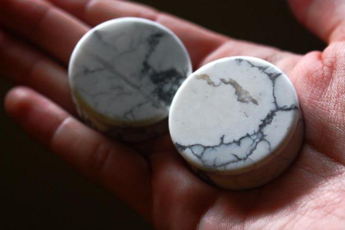 Камень говлит: свойства, значение, применение
