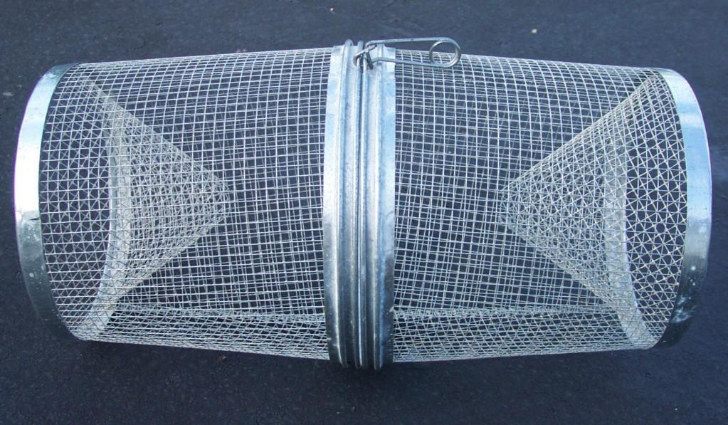 Где можно поставить сетку на фото колется, электризуется