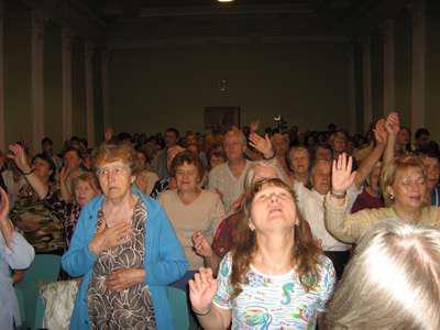 Секта Свидетели Иеговы, чем они опасны