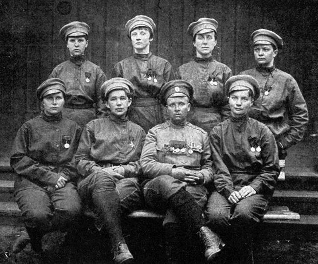 Первая женщина офицер в русской армии