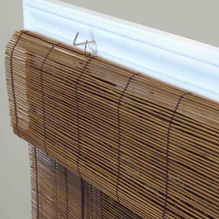 рулонная штора бамбуковая установка