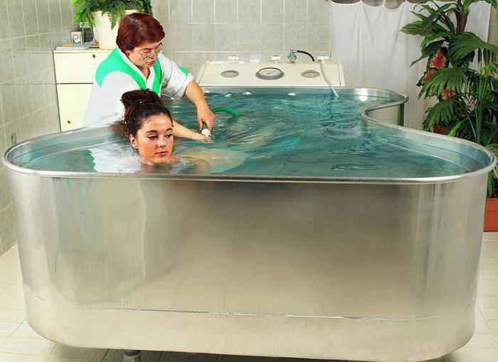 Чем полезен подводный душ массаж