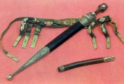 Старинные кавказские кинжалы. Боевой кавказский кинжал
