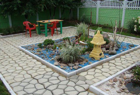 опалубка для садовой дорожки