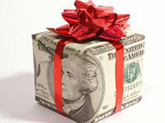 как оригинально подарить деньги на юбилей женщине 50 лет