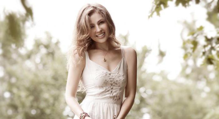 Певица Талия: биография