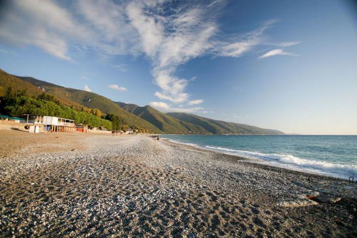 Старая Гагра: пляж