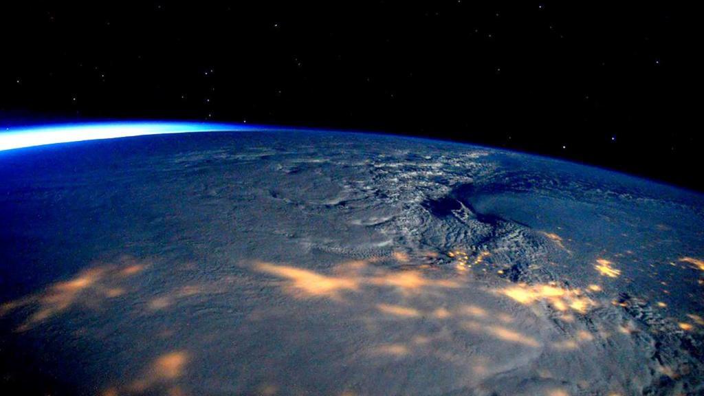 Как выглядит Земля из космоса - описание, особенности и интересные факты