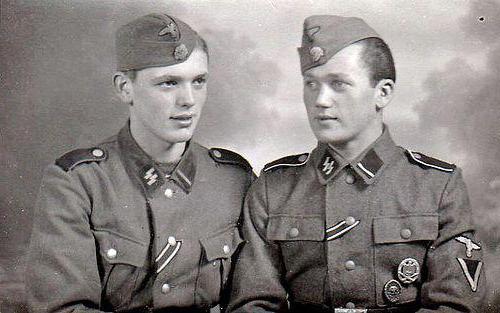 Солдаты вермахта и СС