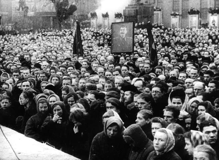 В каком году было сфабриковано ленинградское дело