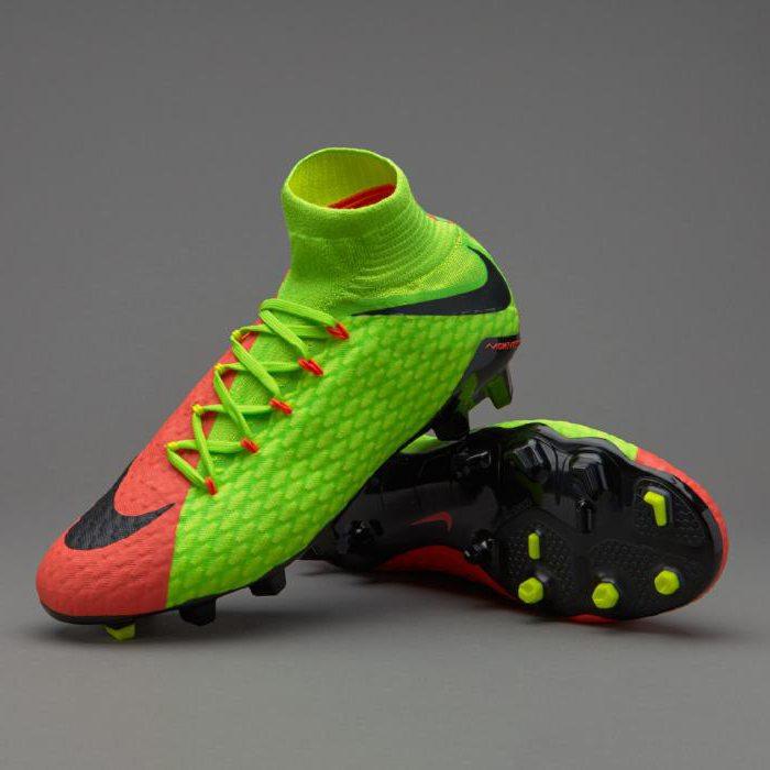 c123362ee1d9 Бутсы для игры в футбол. Выбор футбольных бутс, рекомендации по ...