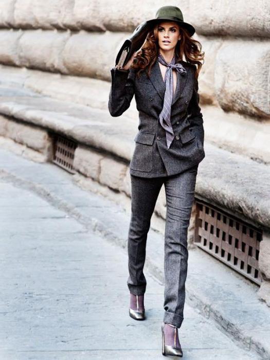 серые брюки с чем носить женщине